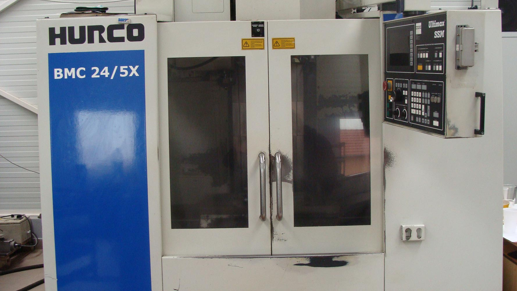 HURCO BMC24/5X CNC machining center